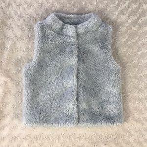 Carter's Gray Faux Fur Fuzzy Vest Size 5